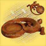 Hamutarto Gekko Figurával,Sono fából
