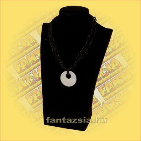 Gyöngy Nyaklánc fekete,kagyló medállal