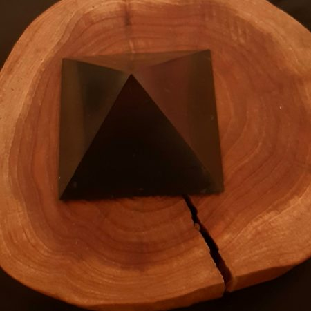Piramis-Shungit-Sungit  nagy