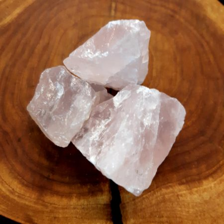 Rózsakvarc nyers ásvány