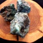 Smaragd nyers ásvány